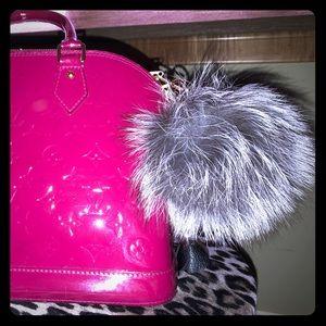 💯% Authentic Silver Fox Fur bag charm- BNWOT
